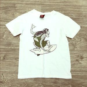 2/$20 // QUIKSILVER Boys T-Shirt
